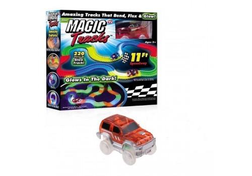 Трек гибкий со светом MAGIC Tracks с машинкой 220 элементов